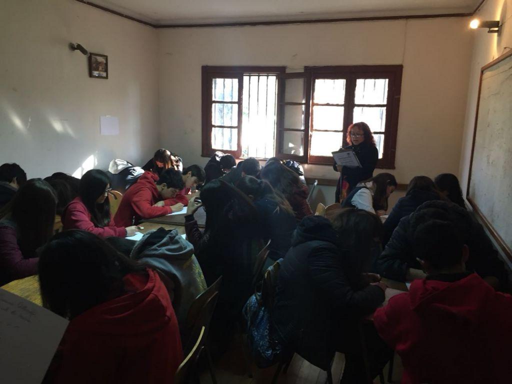 REPRESENTANTE DEL CENTRO EDUCACIONAL SANTA CLARA GANAN CONCURSO DE ORTOGRAFÍA COMUNAL