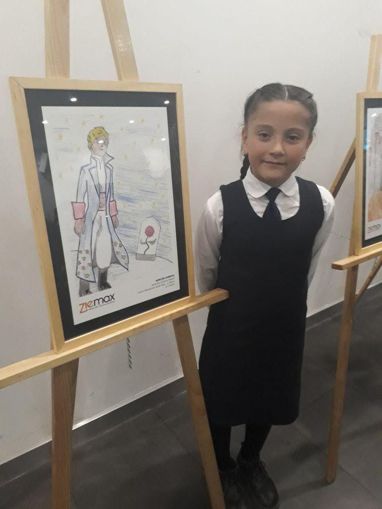 Premiación Estudiante 3ero Básico Mención Honrosa Dibujo, Ziemax