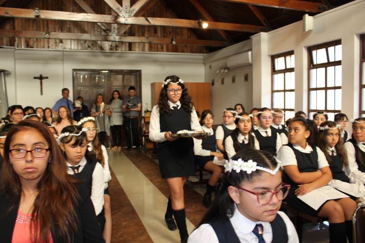 Eucaristía finalización de año y Villancicos. click para ver galería